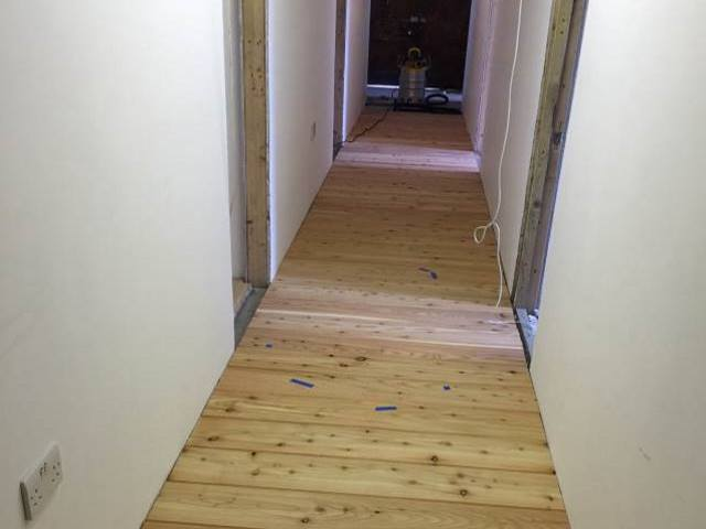 39 Larch floorboards Co2 Timber
